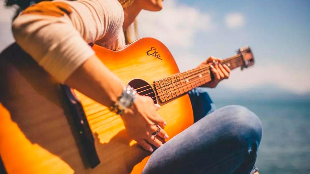 10 Secretos Para Aprender a Tocar Guitarra RÁPIDO