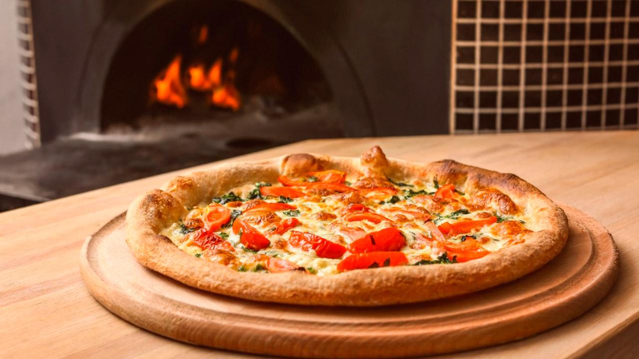 APRENDE COMO PREPARAR LAS MEJORES PIZZAS EN TAN SOLO 15 DÍAS