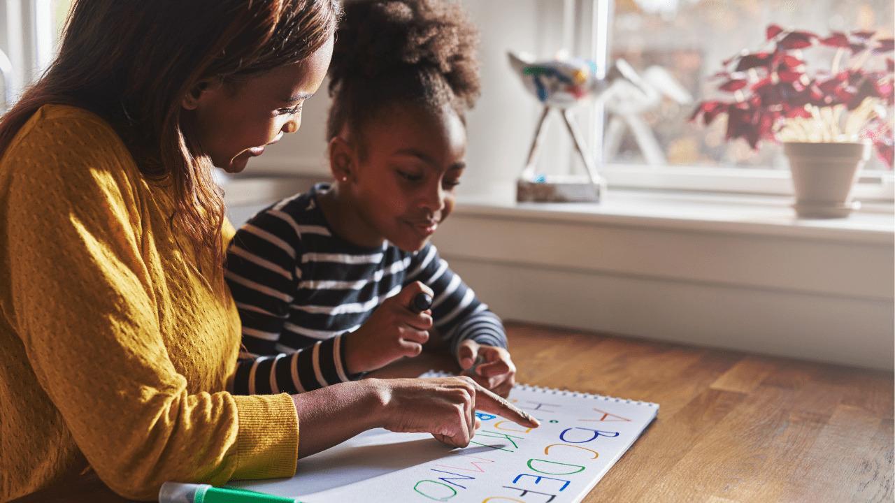 ¿Quieres desarrollar la inteligencia y el aprendizaje de tus hijos, mientras compartes los mejores momentos de la infancia?
